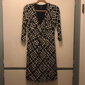 Size 6 White House Black Market dress.